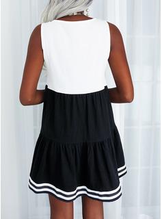 Trozos de color Impresión raya Carta Vestidos sueltos Sin mangas Mini Casual Franelilla Vestidos de moda