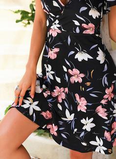 Floral Impresión Vestido línea A Manga Corta Midi Casual Vacaciones Patinador Vestidos de moda