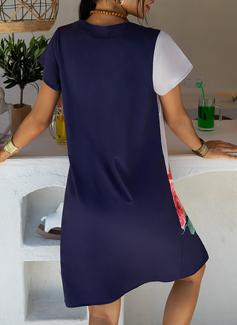 Blommig Print Shiftklänningar Korta ärmar Midi Fritids t-shirt Modeklänningar