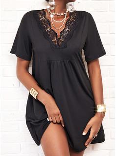 Encaje Sólido Vestidos sueltos Manga Corta Midi Pequeños Negros Casual Túnica Vestidos de moda