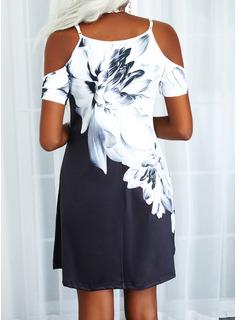 Trozos de color Floral Impresión Vestidos sueltos Manga Corta Mini Casual Túnica Vestidos de moda