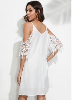 Suknie shift Dekolt w kształcie litery V Poliester Koronka Sukienki Koktajlowe