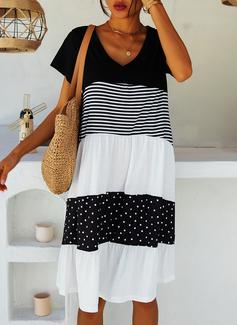 lappverk PolkaDot Rand Shiftklänningar Korta ärmar Midi Fritids t-shirt Modeklänningar