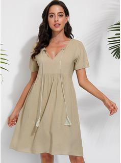 knælange V-hals Polyester Solid 1/2 Ærmer Mode kjoler
