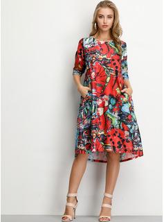 Blommig Print Shiftklänningar 1/2 ärmar Midi Fritids Tunika Modeklänningar