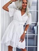 Solid Kjole med A-linje Korte ærmer Mini Casual Ferie skater Wrap Mode kjoler