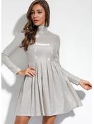 Einfarbig A-Linien-Kleid Lange Ärmel Midi Party Elegant Modekleider