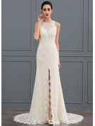 Sheath/Column Scoop Neck Court Train Lace Wedding Dress