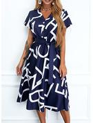 Trykk Tekst A-line kjole Kortermer Midi Avslappet skater Motekjoler