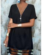 Couleur Unie Coupe droite Manches Courtes Midi Petites Robes Noires Décontractée Tunique Robes tendance
