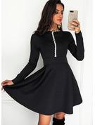 pailletter Solid Kjole med A-linje Lange ærmer Mini Elegant skater Mode kjoler