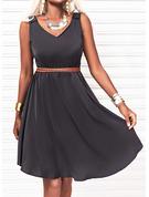 Solid Kjole med A-linje Ærmeløs Midi Den lille sorte Casual skater Mode kjoler