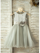 A-Line/Princess Knee-length Flower Girl Dress - Tulle Sleeveless Scoop Neck With Flower(s)/Sequins