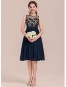 A-Line/Princess Scoop Neck Knee-Length Chiffon Junior Bridesmaid Dress