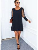 Couleur Unie Coupe droite Manches Longues Mini Petites Robes Noires Élégante Robes tendance