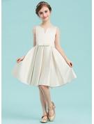 A-Line/Princess Scoop Neck Knee-Length Satin Junior Bridesmaid Dress With Bow(s)