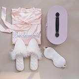 Cadeaux De Demoiselle D'honneur - Délicat Charmeuse Polyester Feather Boîte cadeau / sac (Lot de 3)