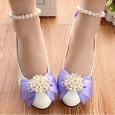 Women's Leatherette Stiletto Heel Closed Toe Pumps With Imitation Pearl Flower