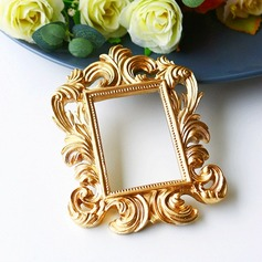 Vintage Style/Classic Resin Frame (Sold in a single piece)