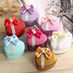 Heart-shaped Favor Tin With Bow (Set of 12) (050075241)