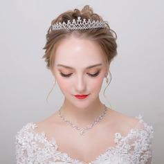 Classic Alloy/Zircon Ladies' Jewelry Sets (011113956)