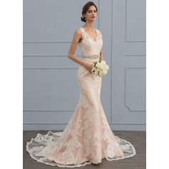 Trumpet/Mermaid V-neck Chapel Train Tulle Lace Wedding Dress With Beading (002117111)