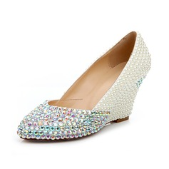Women's Patent Leather Wedge Heel Closed Toe Pumps With Imitation Pearl