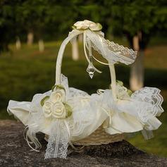 Cesta de flores em Pano com Renda/Flor
