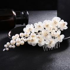 Elegant Imiteret Pearl/Silke Blomst Kamme & Hårspænder (Sælges i et enkelt stykke)