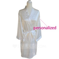 Personalized Polyester Bridal Robe (20 letters or less)  (The back of the clothes can do custom information)
