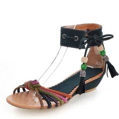 Kvinnor Mocka Låg Klack Sandaler med Beading skor