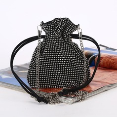 Elegant Polyester Clutches (012175460)