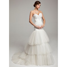Trumpet/Mermaid Sweetheart Court Train Tulle Wedding Dress With Ruffle Beading Appliques Lace
