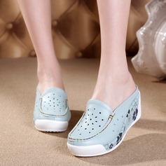 Frauen Echtleder Keil Absatz Geschlossene Zehe Keile mit Zweiteiliger Stoff Schuhe
