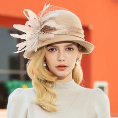 Dames Glamour Coton/Fil net avec Feather Chapeau melon / Chapeau cloche/Kentucky Derby Des Chapeaux (196075280)