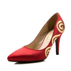 Mulheres Cetim Salto agulha Bombas Fechados com Aplicação sapatos