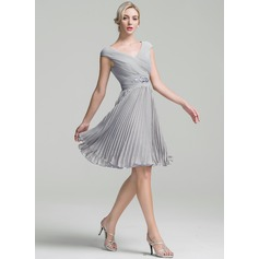 Forme Princesse Col V Longueur genou Mousseline Robe de cocktail avec Plissé Brodé Plissée