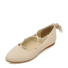 Women's PU Flat Heel Flats Closed Toe With Lace-up shoes