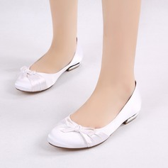 Women's Silk Like Satin Low Heel Closed Toe Flats With Bowknot