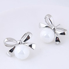 Fashional Alloy Pearl Ladies' Fashion Earrings