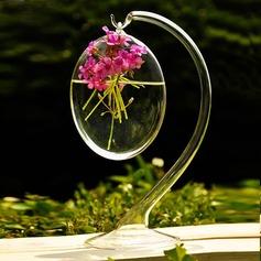 висит круглый стекло ваза