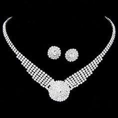 Fashional Alloy/Rhinestones Women's Jewelry Sets