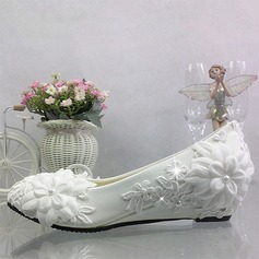 Women's Leatherette Closed Toe With Imitation Pearl