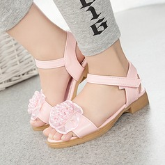 Girl's Leatherette Flat Heel Round Toe Peep Toe Slingback Sandals With Beading Imitation Pearl Velcro Flower