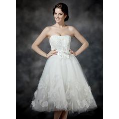 A-linjeformat Hjärtformad Tea-lång Tyll Bröllopsklänning med Rufsar Spetsar Pärlbrodering Blomma (or) Rosett/-er