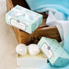 Ocean Breeze Seashell Soaps With Ribbons (Set of 2 pieces)