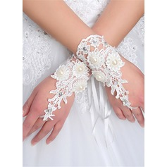 Lace Wrist Length Bridal Gloves (014205727)