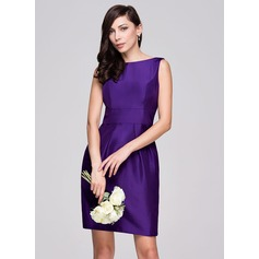 Sheath/Column Scoop Neck Knee-Length Taffeta Bridesmaid Dress With Ruffle Bow(s)