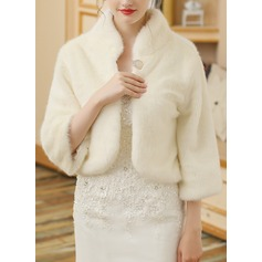 Faux Fur Wedding Wrap (013149957)