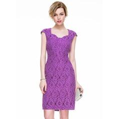 Платье-чехол Длина до колен Кружева Коктейльные Платье